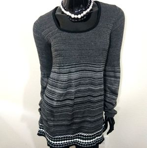 Xhilaration Long Sleeve Sweater Size Large WT1